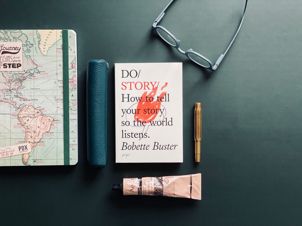 "Buchcover von Bobette Buster: ""How to tell your Story so the world listens"